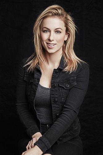 Portrait picture of Iliza Shlesinger