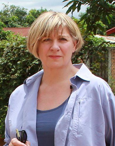 Portrait picture of Victoria Wood